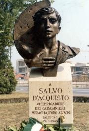 stele-Salvo-dAcquisto
